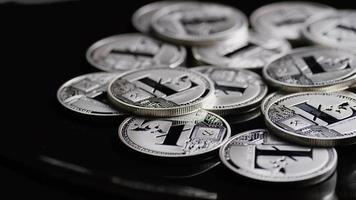 Tiro giratorio de bitcoins (criptomoneda digital) - bitcoin litecoin 491 video