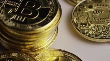 roterende opname van bitcoins (digitale cryptocurrency) - bitcoin 0434 video