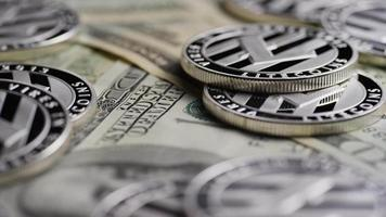tiro giratorio de bitcoins (criptomoneda digital) - bitcoin litecoin 617 video