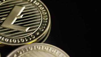 tiro giratorio de bitcoins (criptomoneda digital) - bitcoin litecoin 214 video