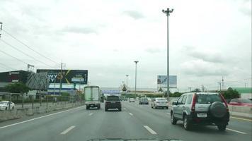 time-lapse del traffico durante il giorno