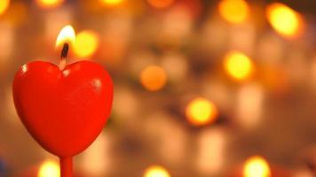 forma de coração de luz de vela