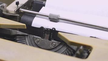 escrita de máquina de escrever velha