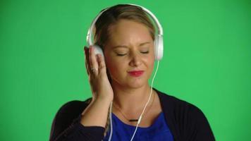 loira mulher loira com clipe de estúdio video