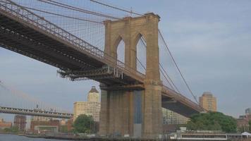 pont de brooklyn d'en bas 4k video