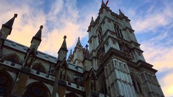 Perspectiva de la abadía de Westminster en Londres, Inglaterra 4k