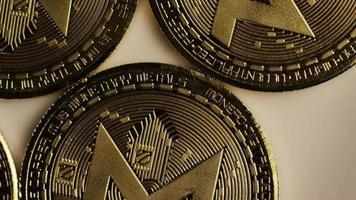tiro giratório de bitcoins (criptomoeda digital) - bitcoin monero 008