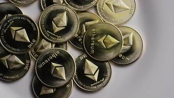 colpo rotante di bitcoin ethereum (criptovaluta digitale) - bitcoin ethereum 0081