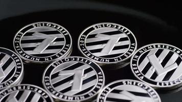 tiro giratório de bitcoins (criptomoeda digital) - bitcoin litecoin 398