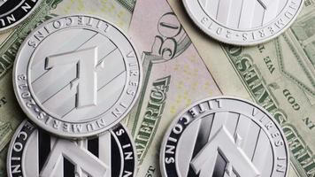 tiro giratório de bitcoins (criptomoeda digital) - bitcoin litecoin 597