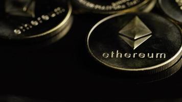 roterende opname van bitcoins (digitale cryptocurrency) - bitcoin ethereum 118