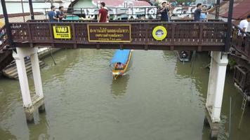 Amphawa Floating Market, Samut Songkhram,Thailand