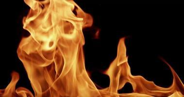 calde fiamme trasparenti incandescente per argomenti rituali e religiosi al rallentatore 4K