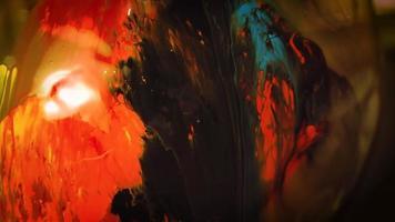 laver la peinture bleue noire et orange
