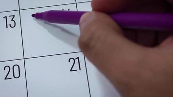 Calendario del mes de febrero con guardar la fecha.