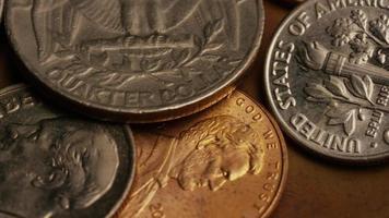 roterend voorraadbeeldschot van Amerikaanse monetaire muntstukken - geld 0291