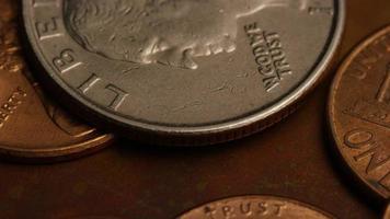roterend voorraadbeeldschot van Amerikaanse monetaire muntstukken - geld 0273