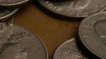 girato stock footage rotante di quarti americani (moneta - $ 0,25) - denaro 0220