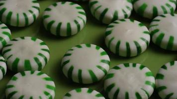 Tiro giratorio de caramelos duros de menta verde - candy spearmint 029