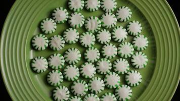 Tir rotatif de bonbons durs à la menthe verte - bonbons à la menthe verte 020
