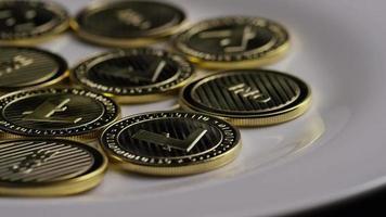 colpo rotante di bitcoin litecoin (criptovaluta digitale) - bitcoin litecoin 0060