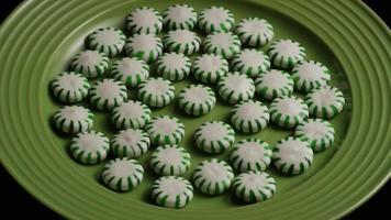 Tiro giratorio de caramelos duros de menta verde - candy spearmint 027 video