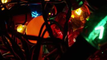 Plano cinematográfico y giratorio de luces navideñas ornamentales - navidad 057