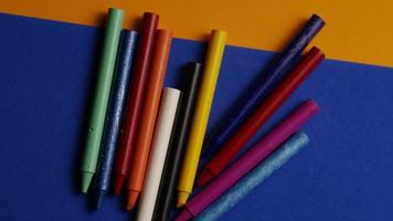 tiro giratório de giz de cera colorido para desenho e artesanato - giz de cera 024