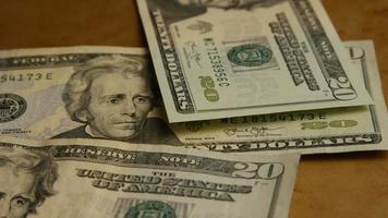 Disparo giratorio de dinero americano (moneda) - dinero 588