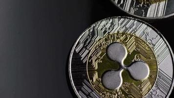 rotierende Aufnahme von Bitcoins (digitale Kryptowährung) - Bitcoin-Welligkeit 0088