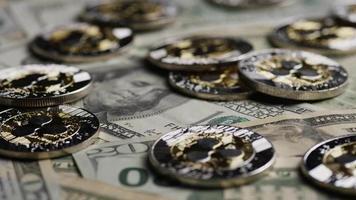 rotierende Aufnahme von Bitcoins (digitale Kryptowährung) - Bitcoin-Welligkeit 0249