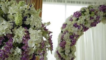 arco de flores de casamento