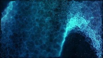 plasma ondulante azul se movendo em ondas em fundo escuro video