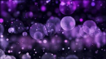 luces bokeh púrpura con diferentes tamaños flotando sobre fondo oscuro