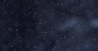 cena de inverno com neve caindo com caminho diagonal em fundo escuro em 4k video