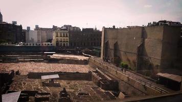 ruinas antiguas del museo del templo mayor y edificios video