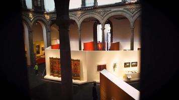 Exposition d'art dans le palais d'iturbide mexique video