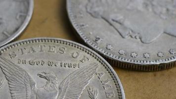 rotação de imagens de estoque de moedas americanas antigas - dinheiro 0077