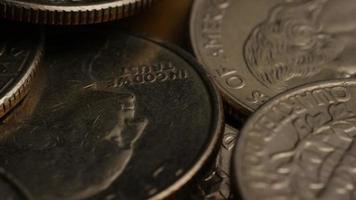 girato stock footage rotante di quarti americani (moneta - $ 0,25) - denaro 0217