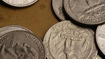 girato stock footage rotante di quarti americani (moneta - $ 0,25) - denaro 0230