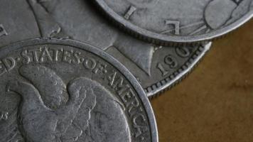 rotação de imagens de estoque de moedas americanas antigas - dinheiro 0104