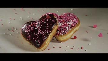ciambelle di san valentino a forma di cuore - ciambelle 014