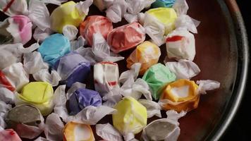 colpo rotante di taffies di acqua salata - candy taffy 012