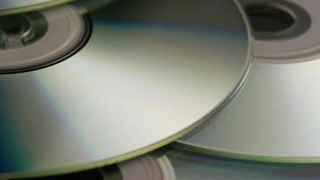 Disparo giratorio de discos compactos - cds 043