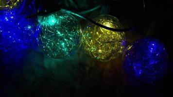 cena cinematográfica rotativa de luzes de natal ornamentais - natal 036
