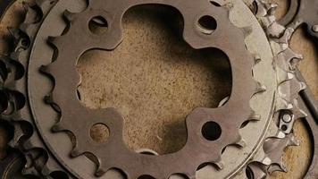tir cinématique et rotatif d'engrenages - engrenages 056