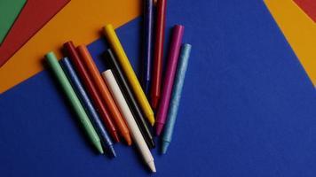 tiro giratório de giz de cera colorido para desenho e artesanato - giz de cera 023