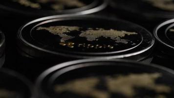 roterande skott av bitcoins (digital kryptovaluta) - bitcoin ripple 0137 video