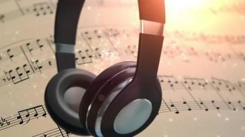 fones de ouvido giratórios com notas musicais de fundo