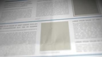 rolando fundo de jornal em 3D video